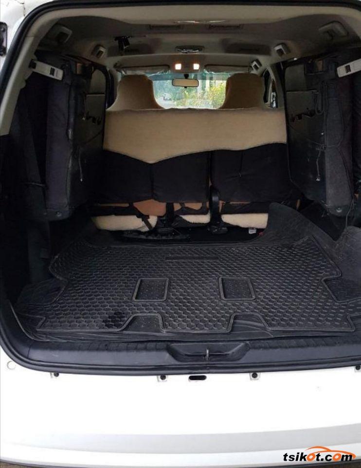 Toyota Fortuner 2017 - 4