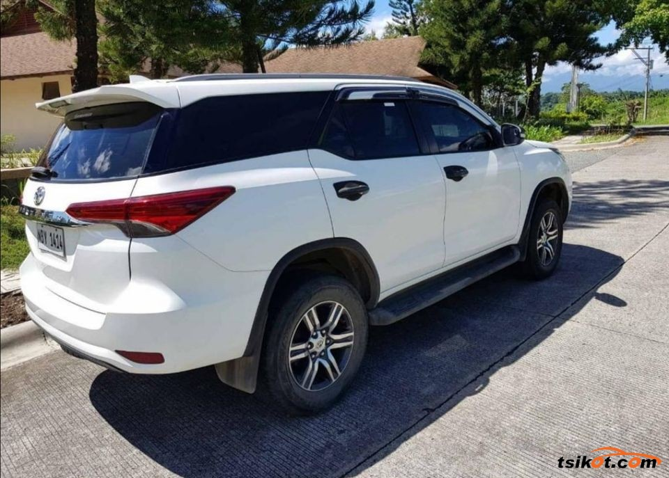 Toyota Fortuner 2017 - 5