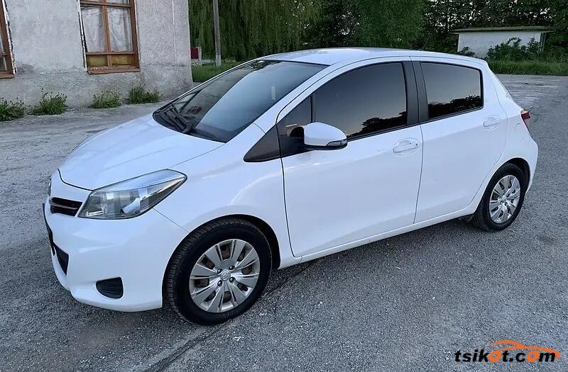 Toyota Yaris 2013 - 2