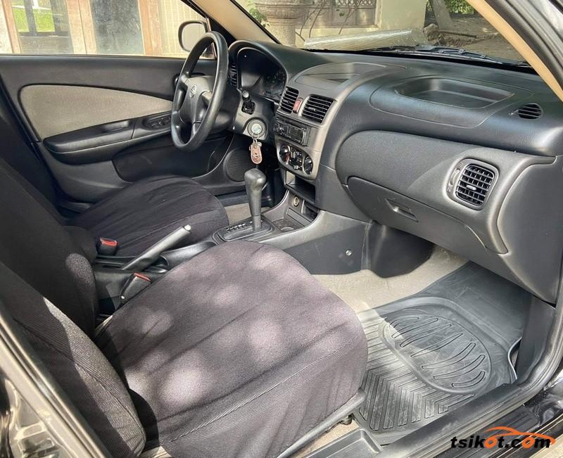 Nissan Sentra 2006 - 9