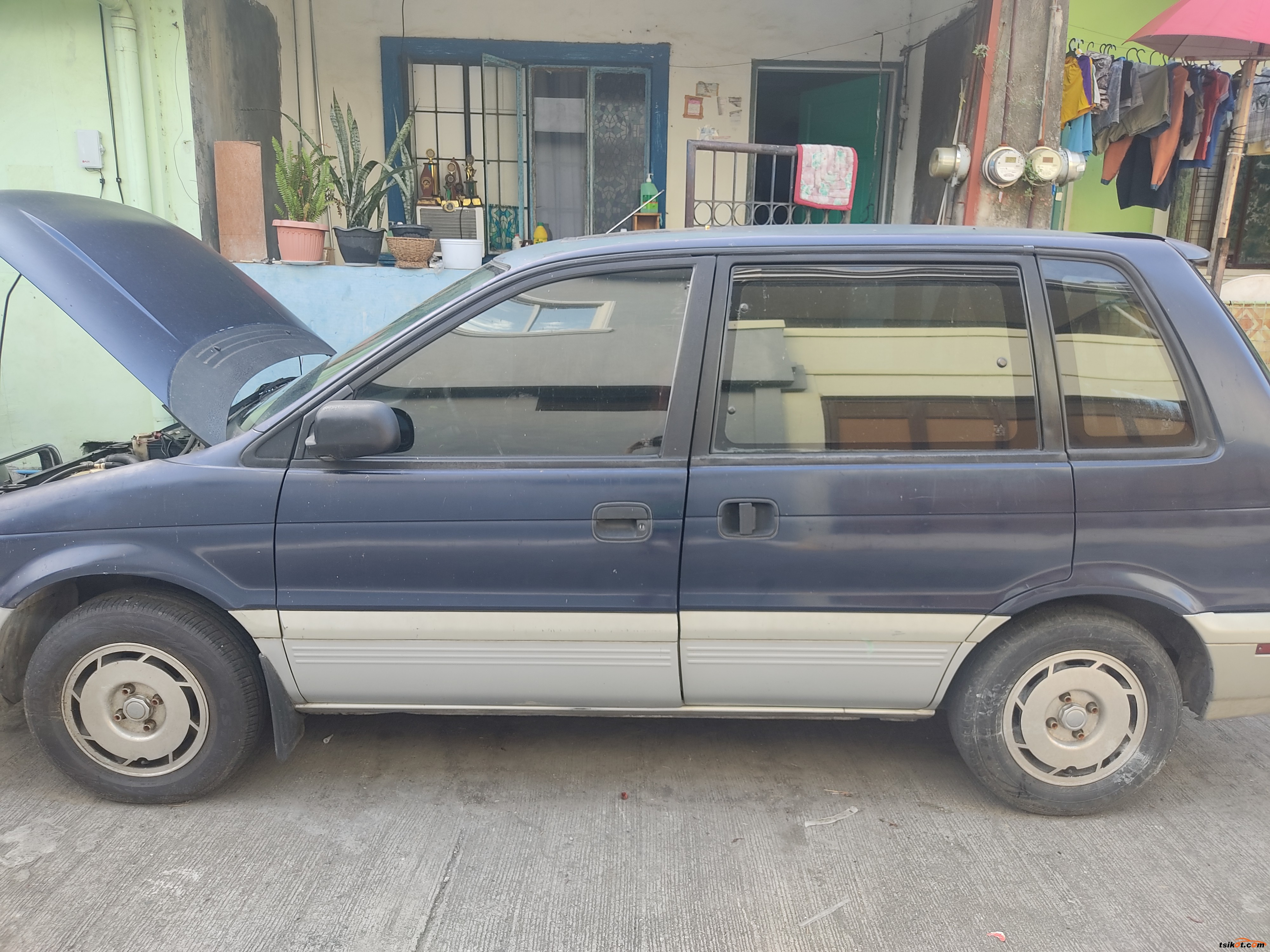 Mitsubishi Space Wagon 1994 - 1