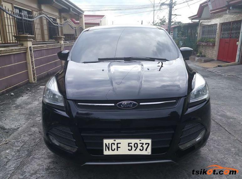 Ford Escape 2015 - 1
