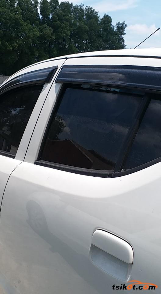 Suzuki Celerio 2010 - 6