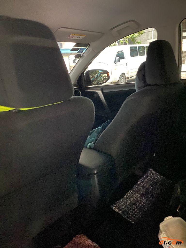Toyota Rav4 2015 - 4