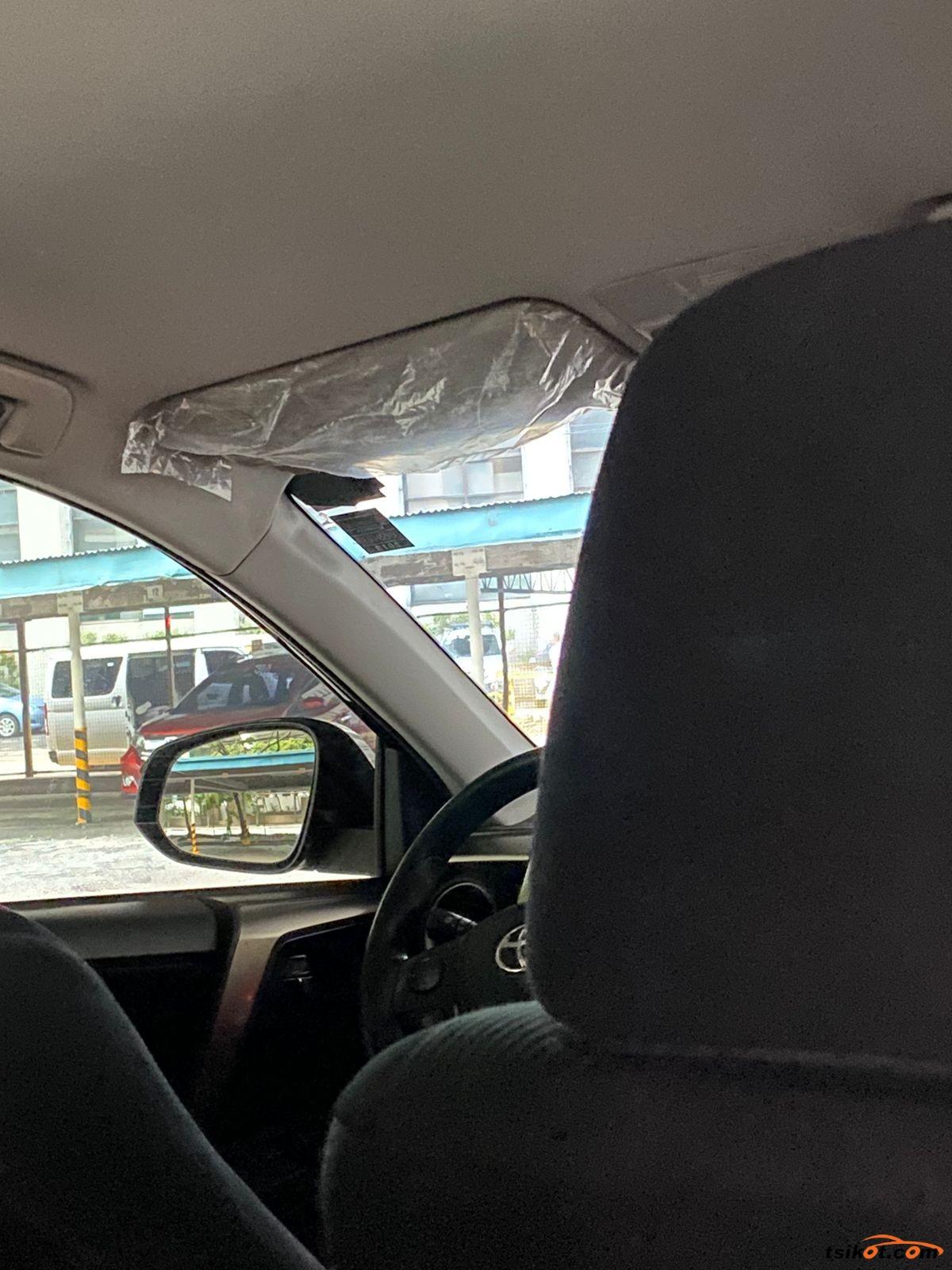 Toyota Rav4 2015 - 5