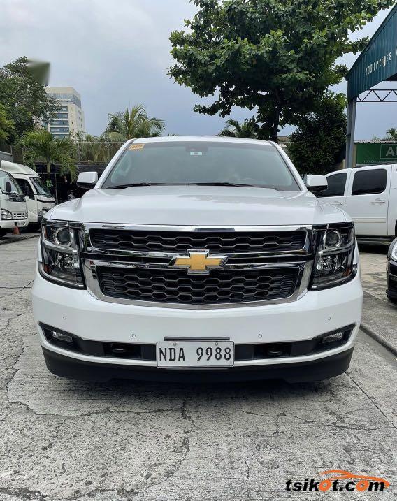 Chevrolet Suburban 2016 - 1