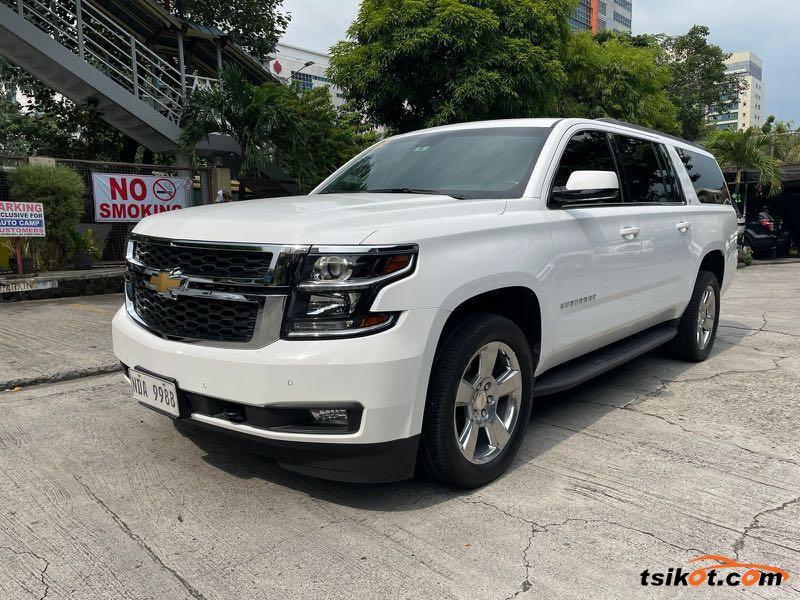 Chevrolet Suburban 2016 - 3