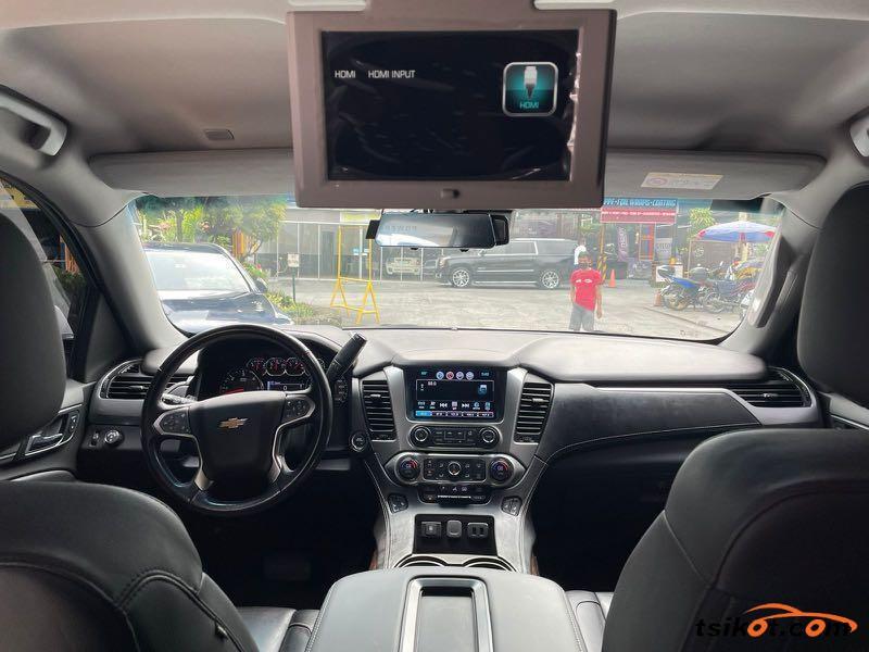 Chevrolet Suburban 2016 - 5