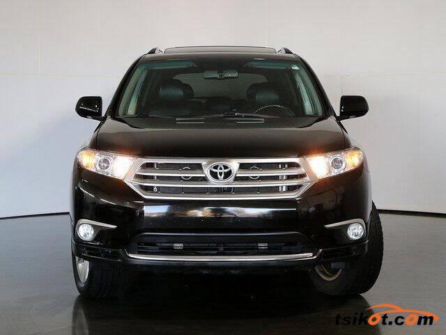 Toyota Highlander 2013 - 1