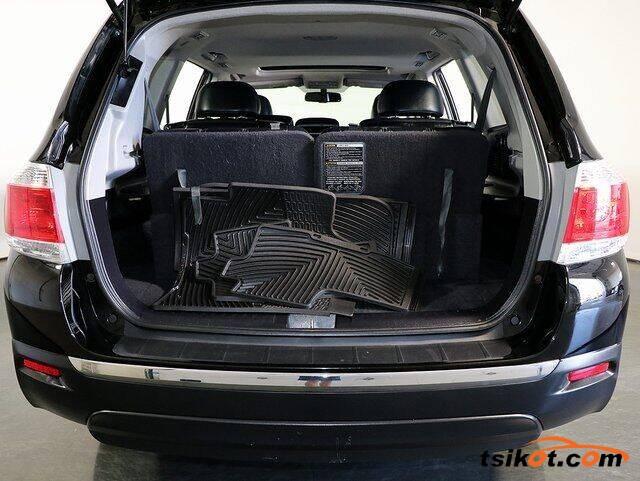 Toyota Highlander 2013 - 3