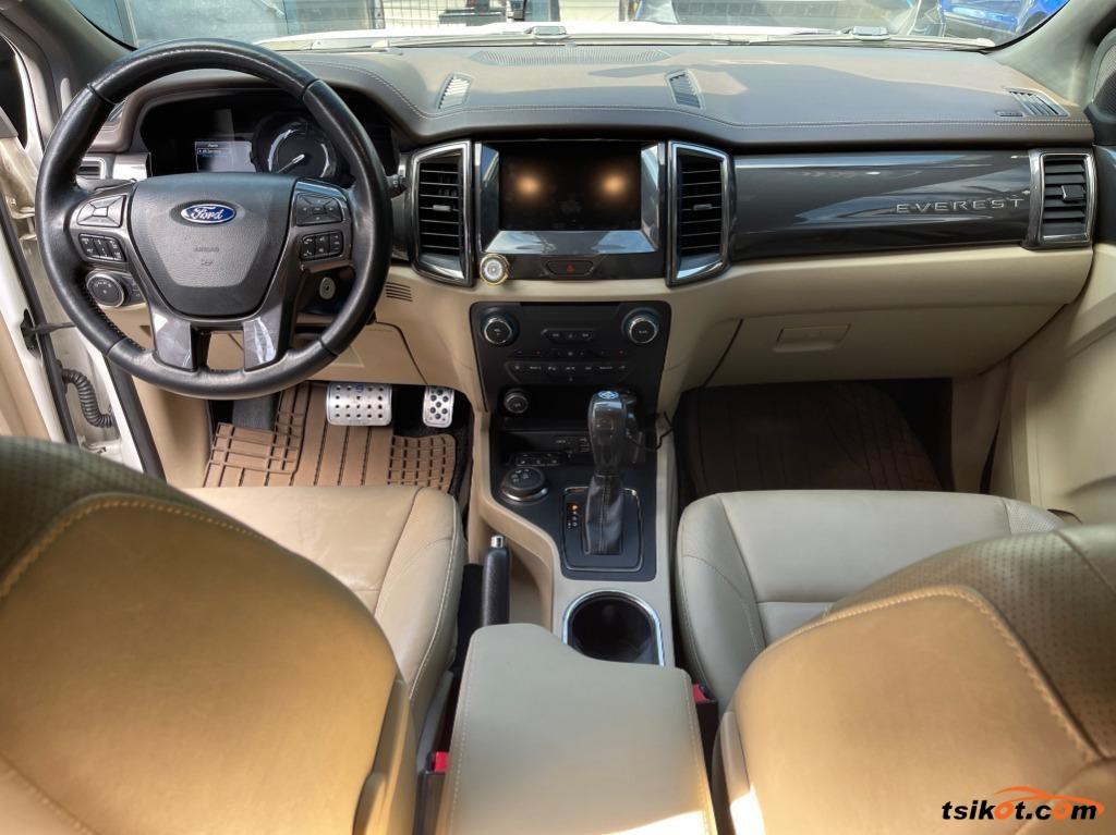 Ford Everest 2015 - 3