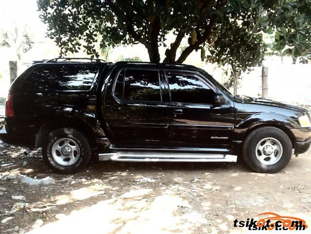 Ford Explorer 2003 - 1