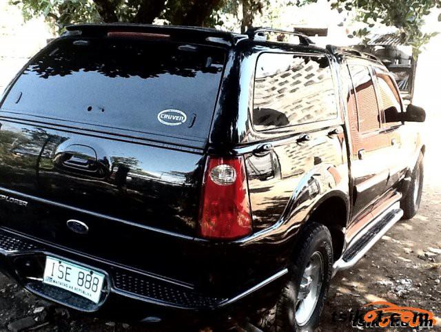 Ford Explorer 2003 - 2