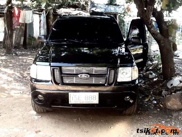 Ford Explorer 2003 - 5