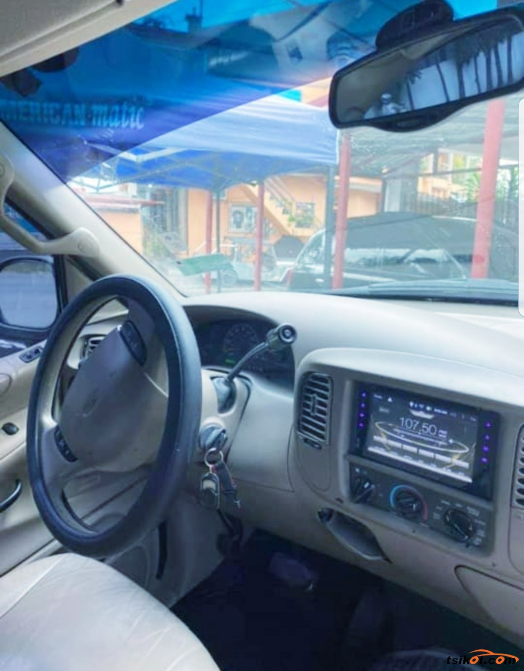Ford Expedition 2001 - 4