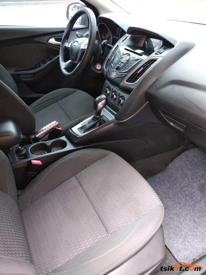 Ford Focus 2014 - 4