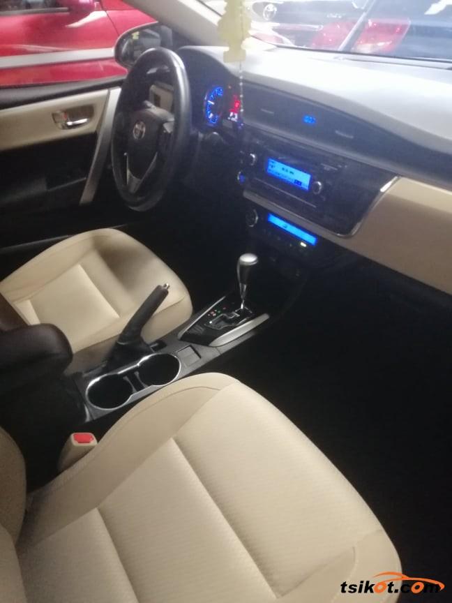 Toyota Corolla 2014 - 6