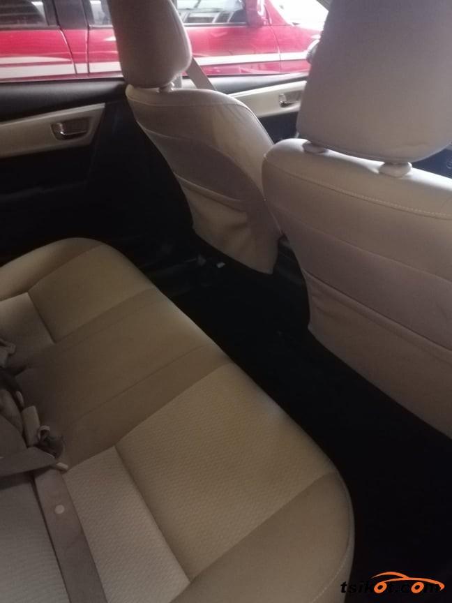 Toyota Corolla 2014 - 7