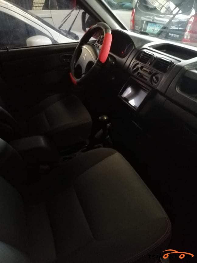 Mitsubishi Adventure 2017 - 4