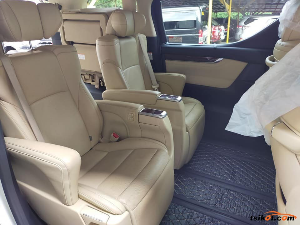 Toyota Alphard 2015 - 6