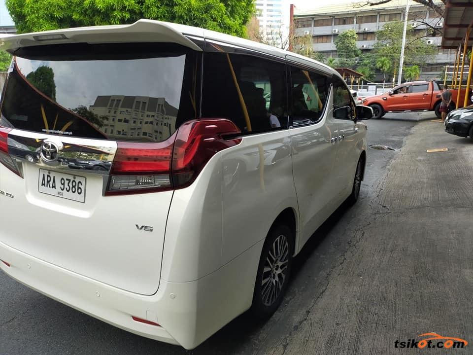 Toyota Alphard 2015 - 8