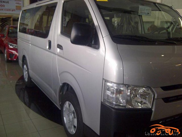 Toyota Hi-Ace 2015 - 3