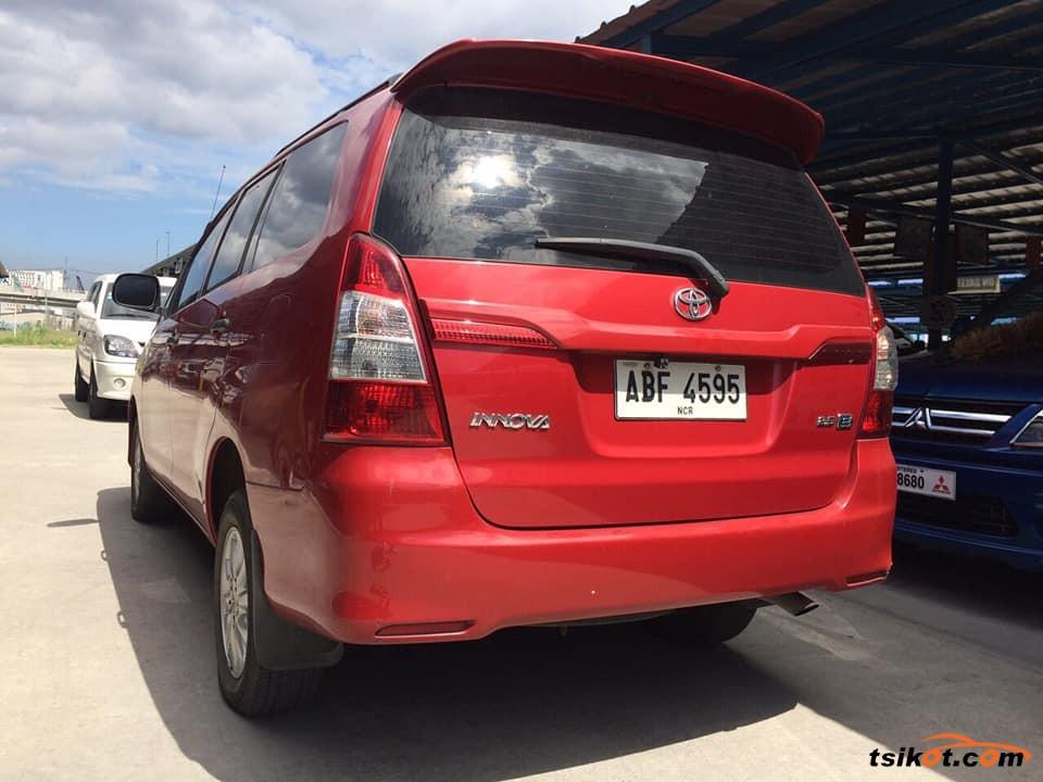 Toyota Innova 2017 - 3