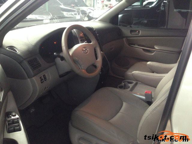 Toyota Sienna 2007 - 10