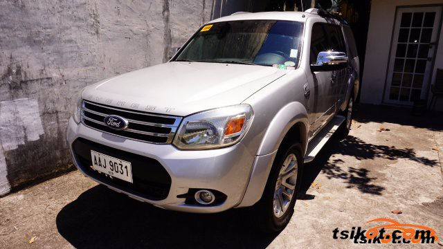 Ford Everest 2014 - 2