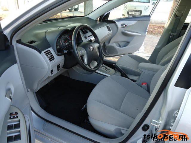 Toyota Corolla 2012 - 5