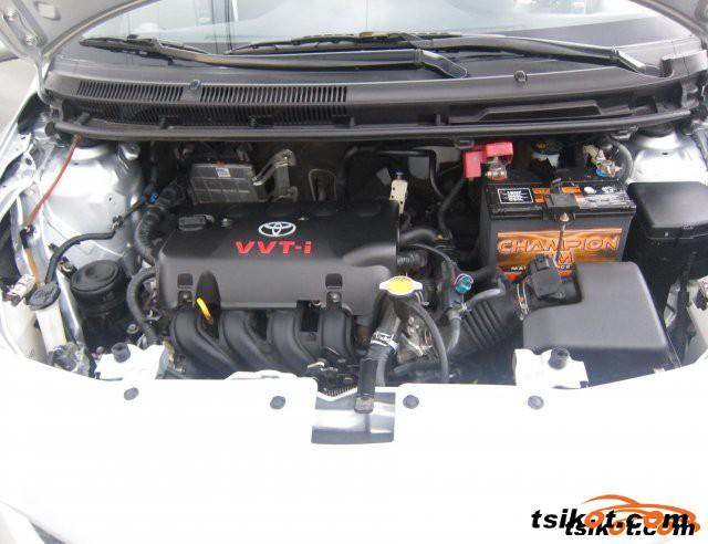 Toyota Vios 2010 - 6