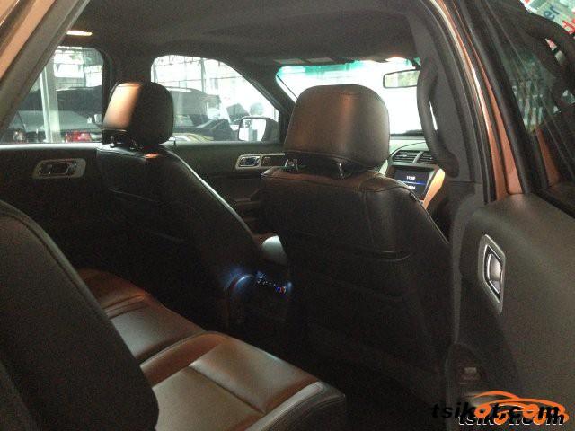 Ford Explorer 2012 - 6