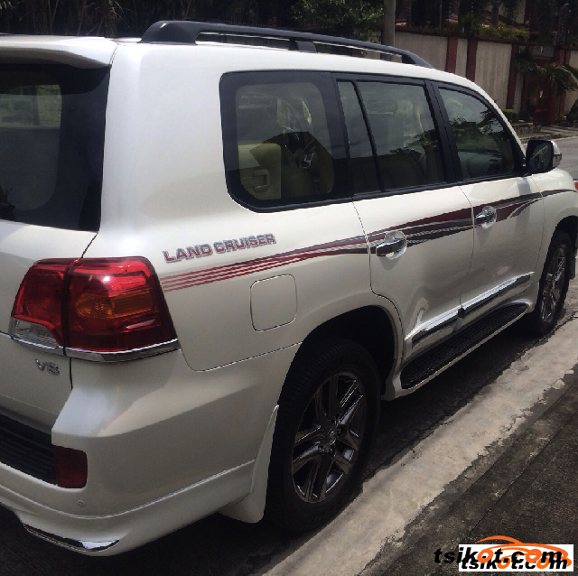 Toyota Land Cruiser 2015 - 6