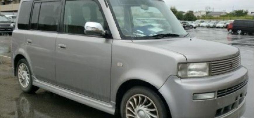 Toyota Bb 2009 - 1