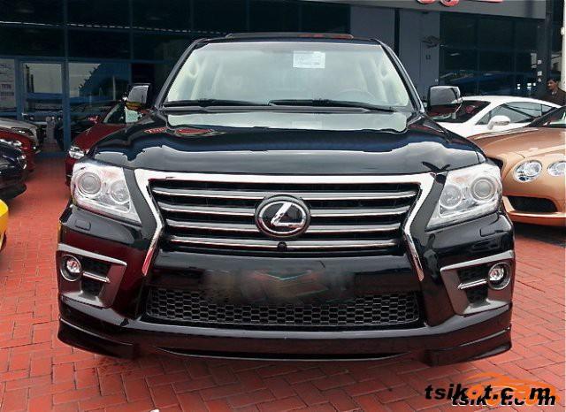 Lexus Lx 570 2015 - 2