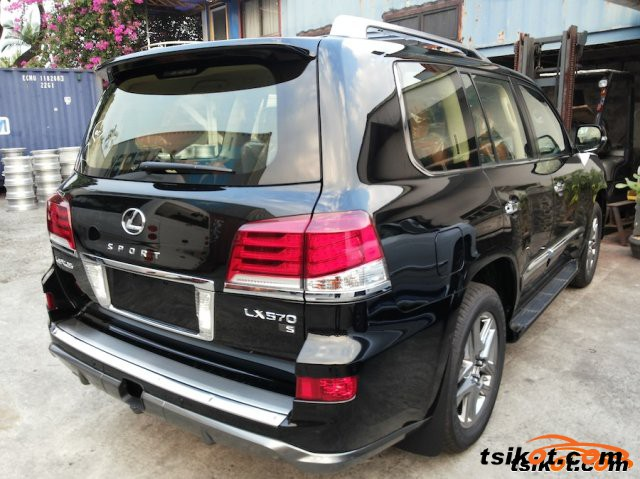 lexus lx 570 2015 car for sale metro manila. Black Bedroom Furniture Sets. Home Design Ideas
