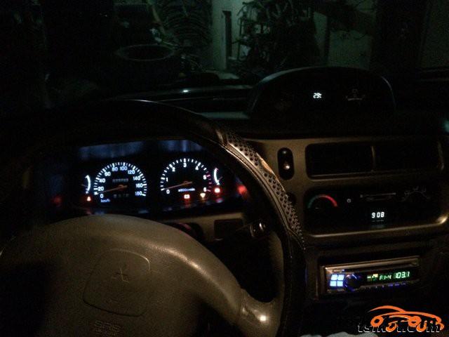 Mitsubishi Strada 2005 - 2