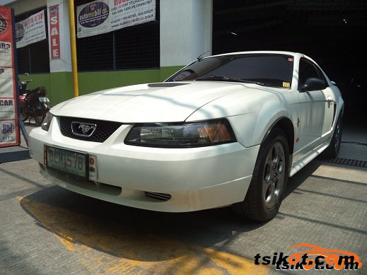 Ford Mustang 2002 - 1
