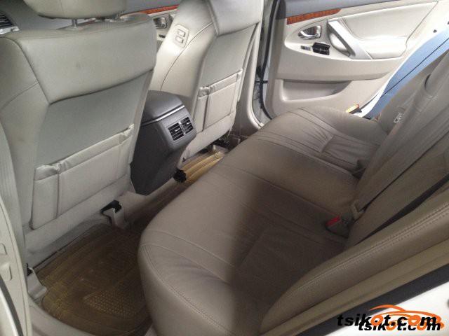 Toyota Camry 2011 - 4