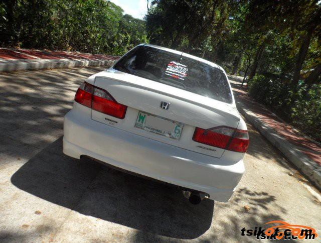 Honda Accord 2000 - 5