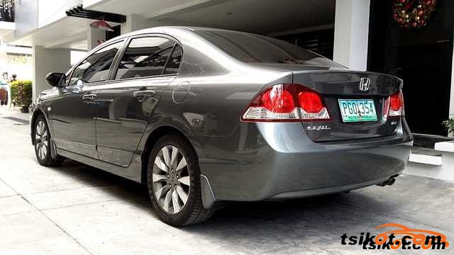 Honda Civic 2010 - 3