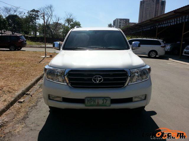Toyota Land Cruiser 2011 - 1