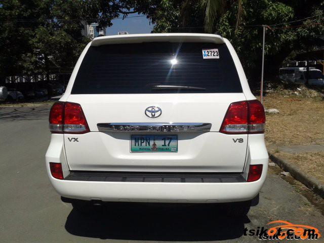 Toyota Land Cruiser 2011 - 5