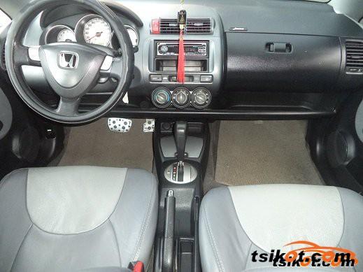 Honda Fit 2006 - 2