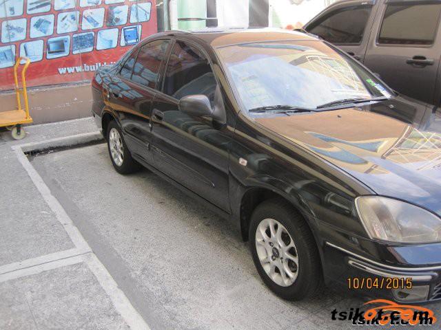 Nissan Sentra 2004 - 5