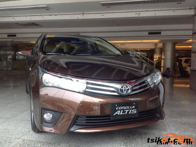 Toyota Corolla 2015 - 1