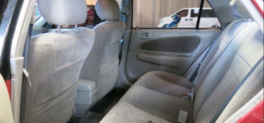 Toyota Corolla 2000 - 8