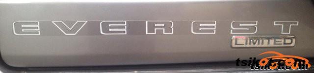 Ford Everest 2010 - 5