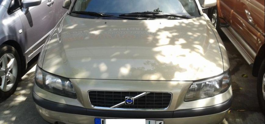 Volvo S60 2004 - 2