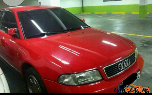 Audi A4 1999 - 3
